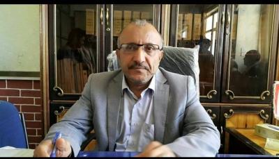 إب..الحوثيون يسقطون مئات المعلمين المعارضين من كشوفات المرتبات