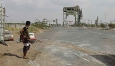 تتكون من 20 آلية وعربة مصفحة.. الحوثيون يوافقون على دخول معدات عسكرية دولية إلى الحديدة