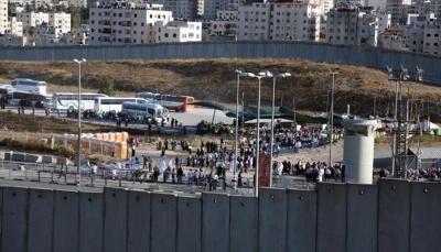 الاحتلال الإسرائيلي يشرع ببناء جدار معدني بطول 65 كيلومترا على حدود غزة