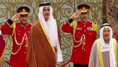 أمير قطر يصل الكويت في زيارة رسمية