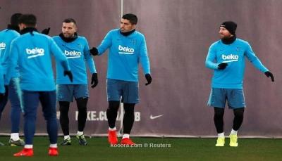 رسميا.. ميسي يقود قائمة برشلونة أمام ريال مدريد