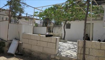 الاحتلال الإسرائيلي يخلي بالقوة عائلة من منزلها بالقدس ومستوطنون يقتحمون الأقصى