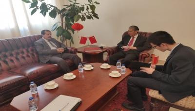 السفير الصيني يعبر عن قناعته بعدم التزام الحوثيين بتنفيذ اتفاق السويد