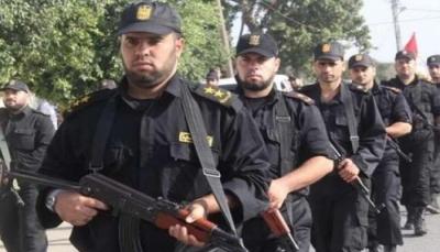 """وزارة الداخلية بغزة توقف اثنين من منفذي محاولة اغتيال قيادي بـ""""فتح"""""""