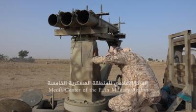 """حجة: الجيش يتوغل في مديرية """"عبس"""" ومقتل العشرات من الحوثيين بينهم قيادي (صور)"""