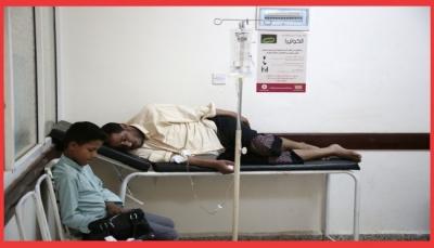 """تحقيق لـ """"اسوشيتد برس"""" يكشف كيف تسبب الحوثيين بتفاقم وباء الكوليرا باليمن واستخدامه سياسياً (ترجمة خاصة)"""