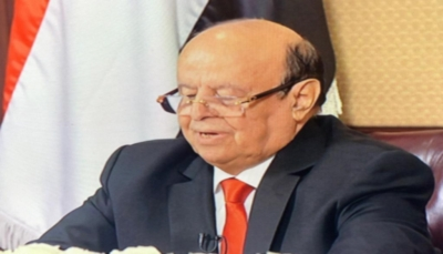 وصول الرئيس هادي إلى مدينة سيئون لحضور افتتاح جلسة مجلس النواب