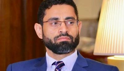 عضو باللجنة الاقتصادية:  التجارة غير القانونية للنفط الإيراني تعد المصدر الأساسي لإيرادات الحوثيين