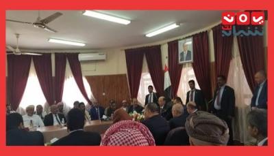 الرئيس هادي يعلن إعتماد 5 مليار ريال لمشاريع تنموية في مديريات وادي حضرموت