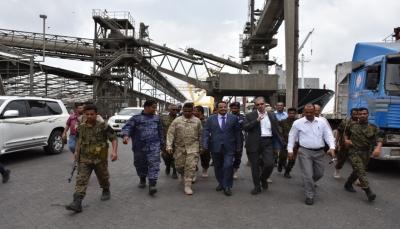 وزير النقل: هناك محادثات لتوفير المعدات والإمكانيات اللازمة الخاصة بالبنية التحتية لميناء المعلا
