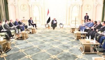 """خلال لقائه """"غريفيث""""..الرئيس هادي يؤكد على ضرورة تحديد الطرف المعرقل لاتفاق ستوكهولم"""
