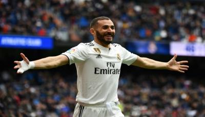 هاتريك بنزيمة يعيد ريال مدريد الى سكة الفوز في بطولة إسبانيا