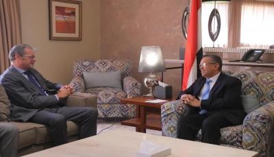بن دغر: المؤتمر يرفض الدعوات الانفصالية ويتمسك بوحدة اليمن