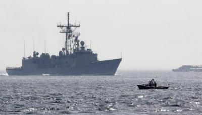 إيران تهدد أن بإمكانها ضرب السفن الأمريكية الحربية في الخليج بسهولة