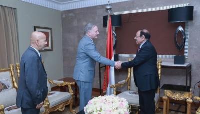 نائب الرئيس يلتقي السفير الأمريكي الجديد لدى بلادنا