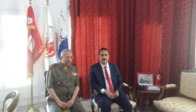 مباحثات يمنية - تونسية لتعزيز التعاون المشترك في مجال الطب العسكري