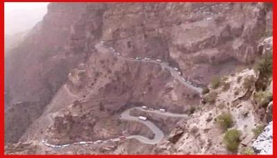 """تحقيق لـ""""يمن شباب نت"""" يكشف أسباب توقف مشروع صيانة """"هيجة العبد"""".. منفذ """"تعز"""" الوحيد إلى العالم الخارجي (وثائق + صور)"""