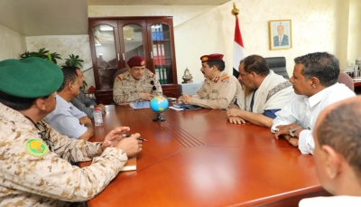 رئيس الأركان يوجه بتشكيل لجنة لمعالجة ملفات الشهداء والجرحى في إقليم عدن