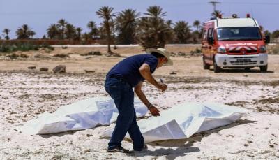 تونس: انتشال 12 جثة إثر فقدان أكثر من ثمانين مهاجرا قبالة السواحل الجنوبية