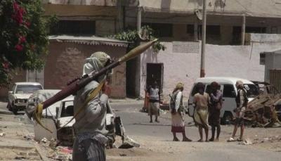 عدن: اندلاع مواجهات مسلحة في حي الممدارة بالشيخ عثمان