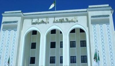 """الجزائر: حبس الأمين العام السابق لـ""""جبهة التحرير"""" مؤقتاً بتهم فساد"""