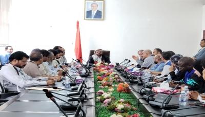"""العرادة يرحب بفتح منظمة الهجرة الدولية مكتباً لها في """"مأرب"""""""