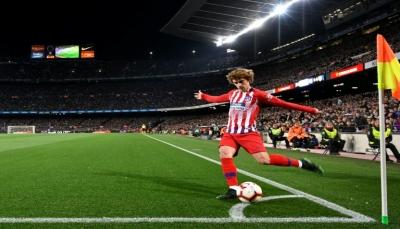 أتلتيكو مدريد سيرفع قضية تعاقد برشلونة مع غريزمان الى الفيفا