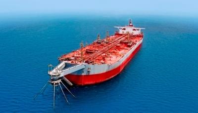 الحكومة تدق ناقوس الخطر وتحذر من كارثة في البحر الأحمر وخليج عدن