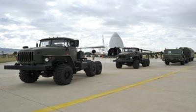 رغم التحذيرات الأمريكية.. استمرار عملية تسليم منظومة اس-400 الروسية لتركيا