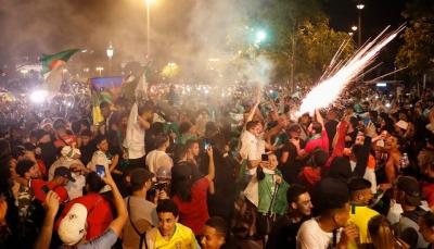 الشرطة الفرنسية توقف 282 من مشجعي الجزائر بعد صدامات مع الأمن
