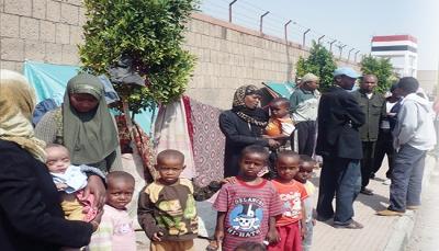 خبير في الشأن الأفريقي: استيعاب اللاجئين في مناطق سيطرة الحوثيين مشروع إيراني خطير
