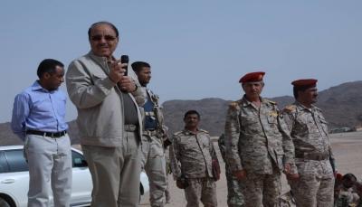 نائب الرئيس يشدد على رفع مستوى قدرات منتسبي الجيش الوطني
