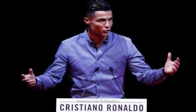 كريستيانو رونالدو: أحن إلى ريال مدريد