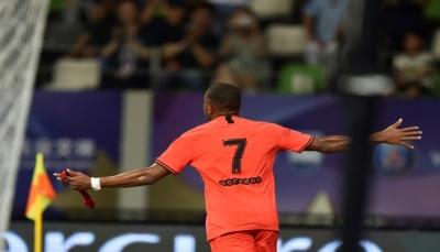 باريس سان جرمان ينهي استعداداته للموسم بفوز ثلاثي على سيدني