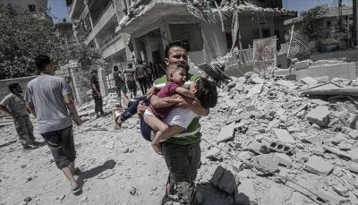 سوريا: مقتل 781 مدني بينهم 208 أطفال بغارات النظام وروسيا في 3 أشهر