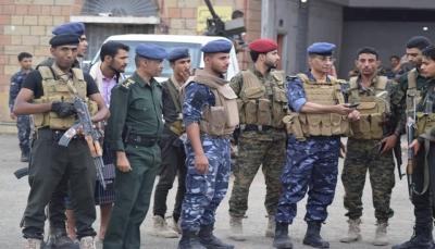 شرطة تعز: مجاميع متمردة هاجمت مبنى أمن الشمايتين وسنتعامل بحزم وقوة مع محاولات نشر الفوضى (بلاغ)