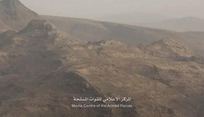 """صنعاء: قوات الجيش تعلن تحرير آخر قمة في سلسلة جبال البياض بـ""""نهم"""""""
