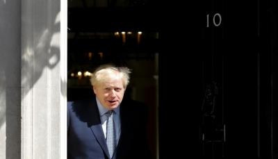 جونسون يعلق أعمال البرلمان البريطاني لأكثر من شهر مثيرا موجة استنكار