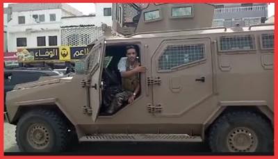 الحكومة تستعيد الثقة وتُرجح قوتها بعدن.. كيف سيؤثر ذلك في معركتها ضد الحوثيين؟ (تقرير خاص)