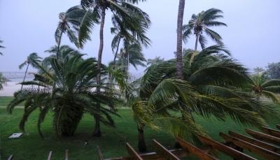 """إعصار """"دوريان"""" بسرعة 285 كلم في الساعة يضرب جزيرة شرق الولايات المتحدة"""