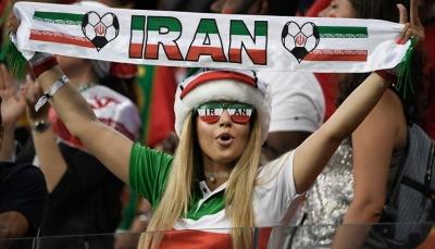 إيرانية تحرق نفسها لتفتح أبواب ملاعب كرة القدم للنساء والفيفا يتدخل