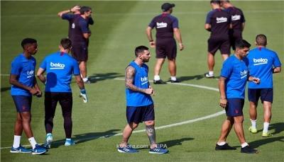 ميسي يزف بشرى لجماهير برشلونة