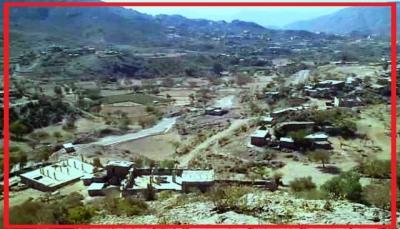"""إب.. مليشيا الحوثي تقتحم قرى """"بيت فاضل"""" في النادرة وتقتل وتختطف عدد من أبناء المنطقة"""