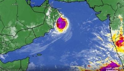 """إعصار """"هيكا"""" يقترب من السواحل اليمنية ومركز الأرصاد يصدر بيان تحذيري"""