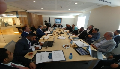 اليمن يطالب البنك الدولي دعم بُنيته التحتية في قطاع الاتصالات والكهرباء