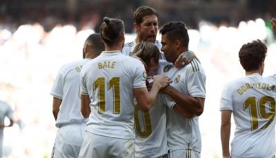ريال مدريد يسحق غرناطة برباعية ويُحافظ على صدارة الليجا