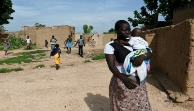 """16 قتيلاً في هجوم على مسجد في بوركينا فاسو وتظاهرة ضد """"الوجود الاجنبي"""""""