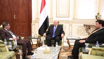 الرئيس هادي يوجه باستكمال الترتيبات لإعادة افتتاح مطار الريان بحضرموت