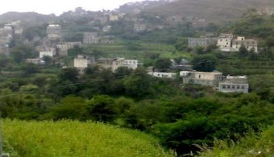 إب.. متنفذ حوثي يوقف مشروع المياة عن المدنيين في حزم العدين