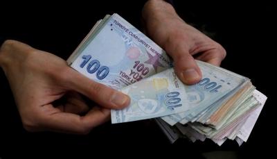 الليرة التركية تستعيد عافيتها أكثر عقب إعلان ترامب رفع العقوبات عن تركيا